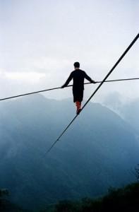 притча, напряжение силы, ум человека, крайности, путь ума, золотая середина, привести себя в равновесие, достичь цели