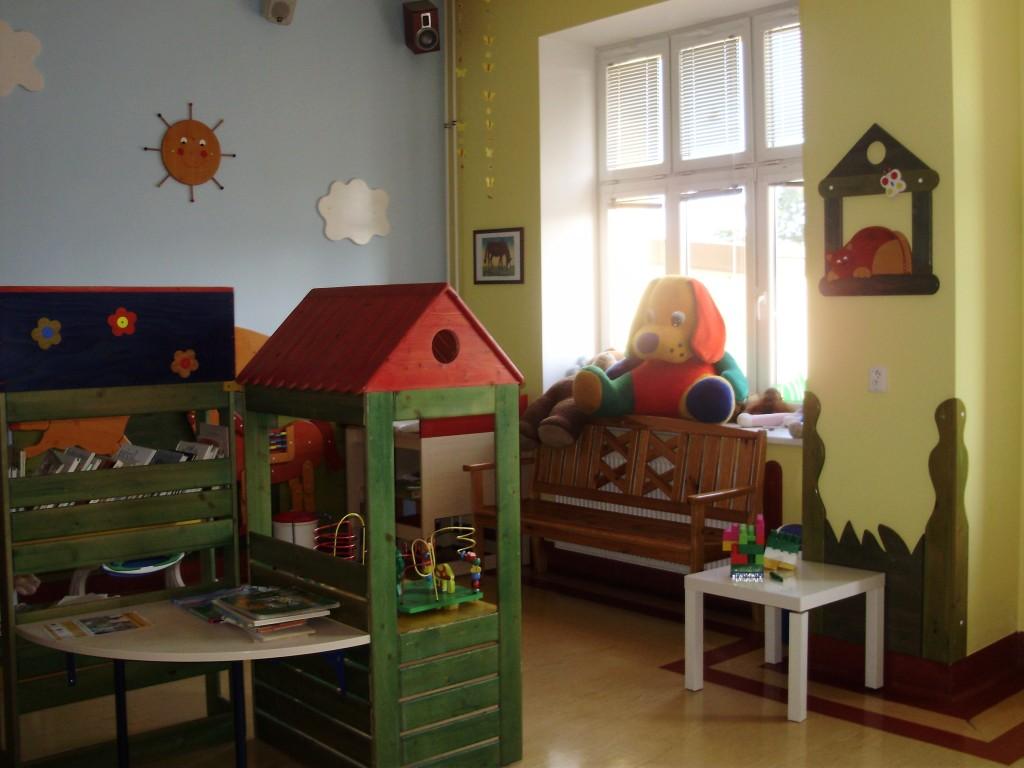 госпитализация, Чехия, детское отделение больницы, неформальная обстановка, оплата медицинских услуг