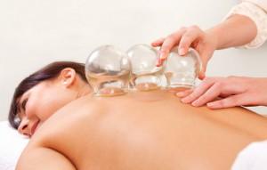 лечение банками, использование банок,  баночный массаж, как ставить банки
